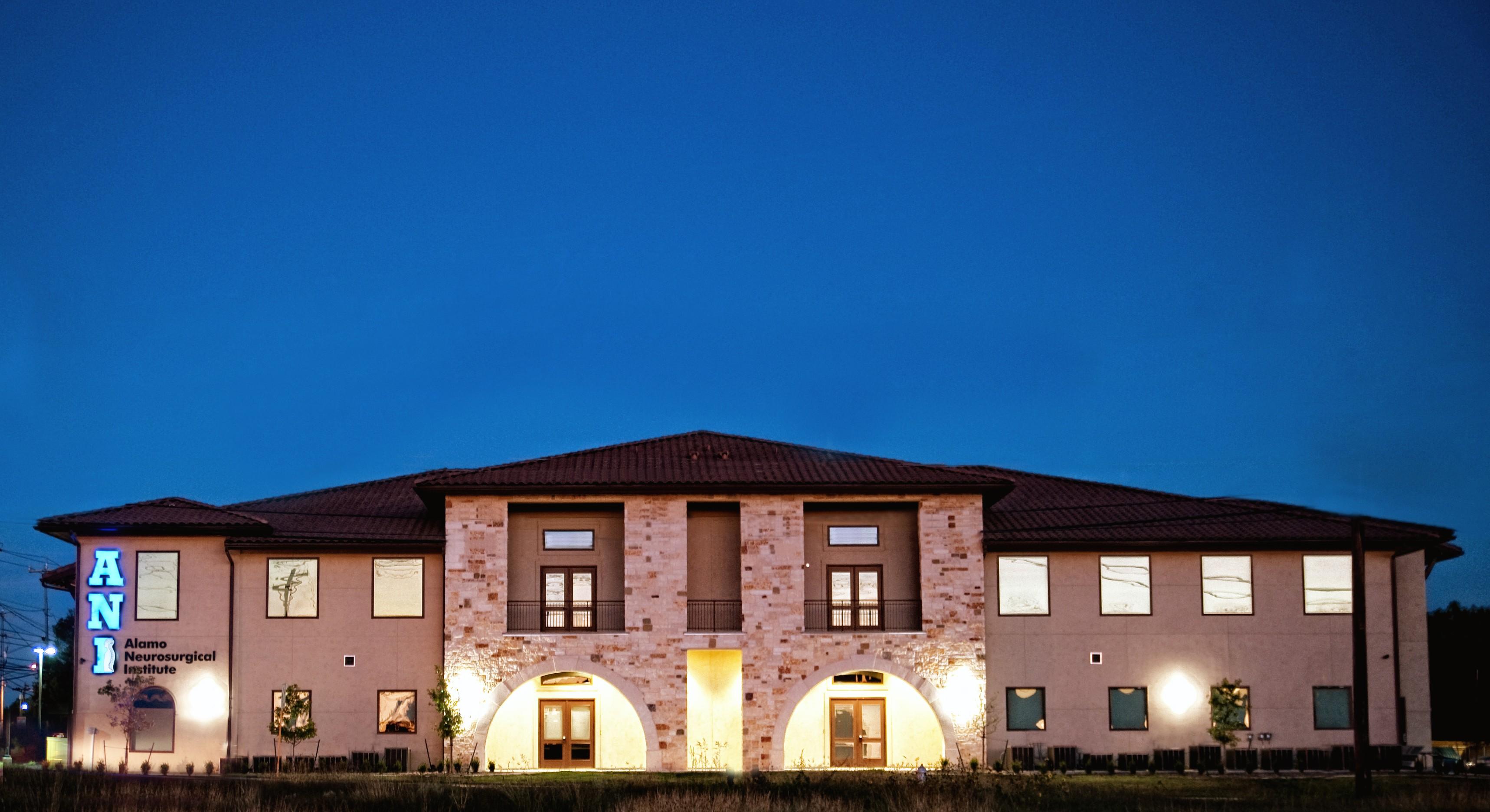 Alamo Neurosurgical Institute | Dr. Michael A. Leonard